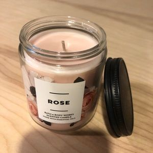 Bath & Body Works Single Wick Candle Rose Scent